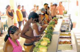 16483_isla_mujeres_catamaran_lunch.jpg