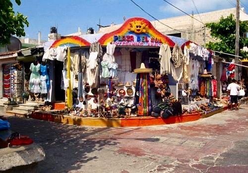 33114_isla_mujeres_shopping.jpg