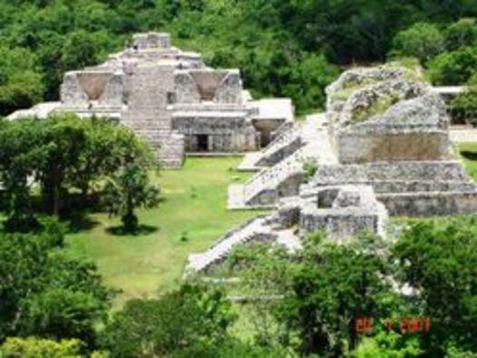 36319_ek_balam_cenote_maya_04.jpg