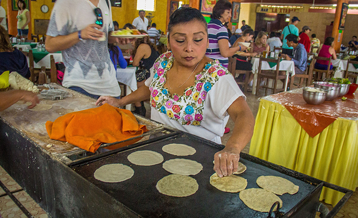 45982_Comida-tipica-maya-Tour-Chichen-Itza.jpg
